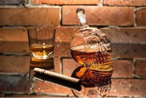 Alkoholová lebka fľaša 700 ml